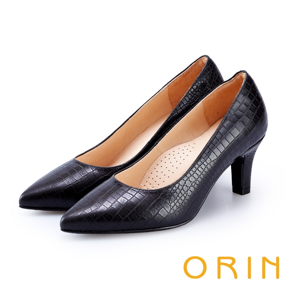 ORIN 壓紋牛皮素面尖頭高跟鞋 黑色