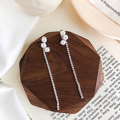 梨花HaNA 韓國925銀三顆珍珠水鑽耳線耳環