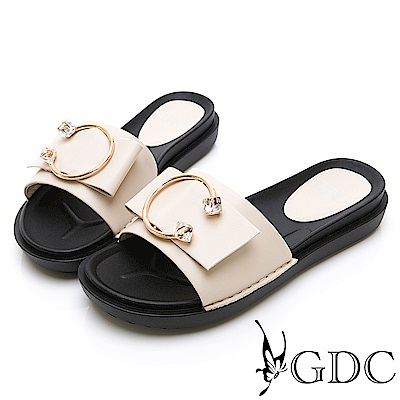GDC-質感路線高雅倒C扣水晶蝴蝶結扣飾簡約拖鞋-米色