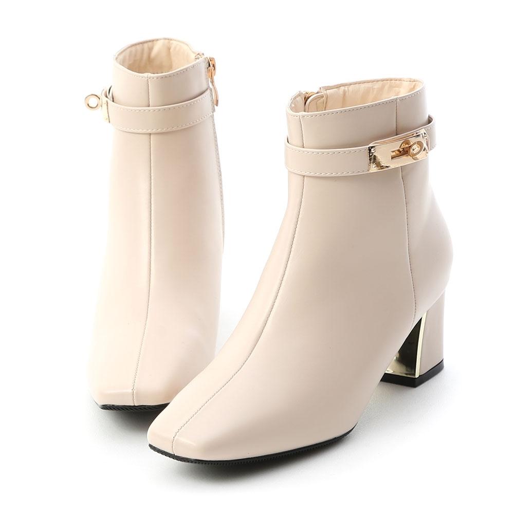 D+AF 貴族風尚.質感鎖釦金屬跟短靴*米白