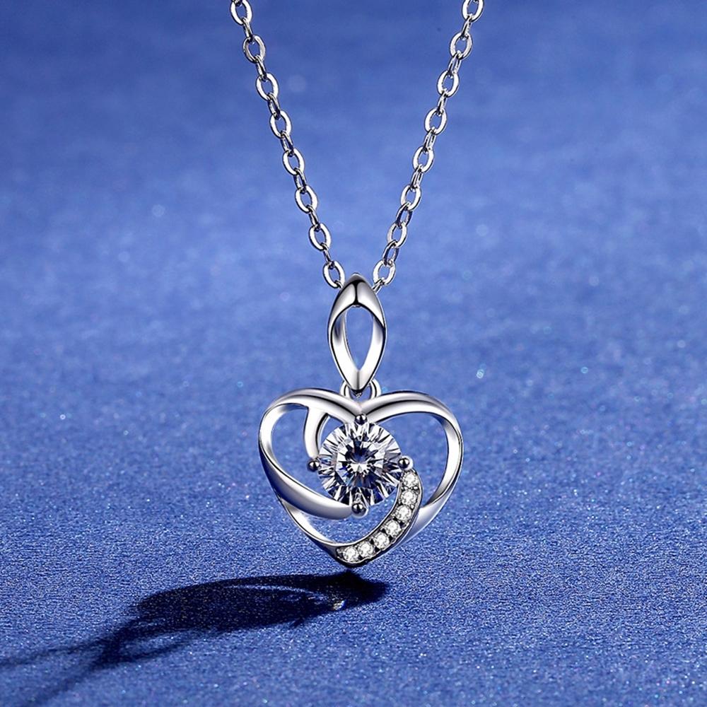 米蘭精品 莫桑鑽項鍊925純銀吊墜-0.5ct心形幾何線條聖誕節情人節生日禮物女飾品73yk110