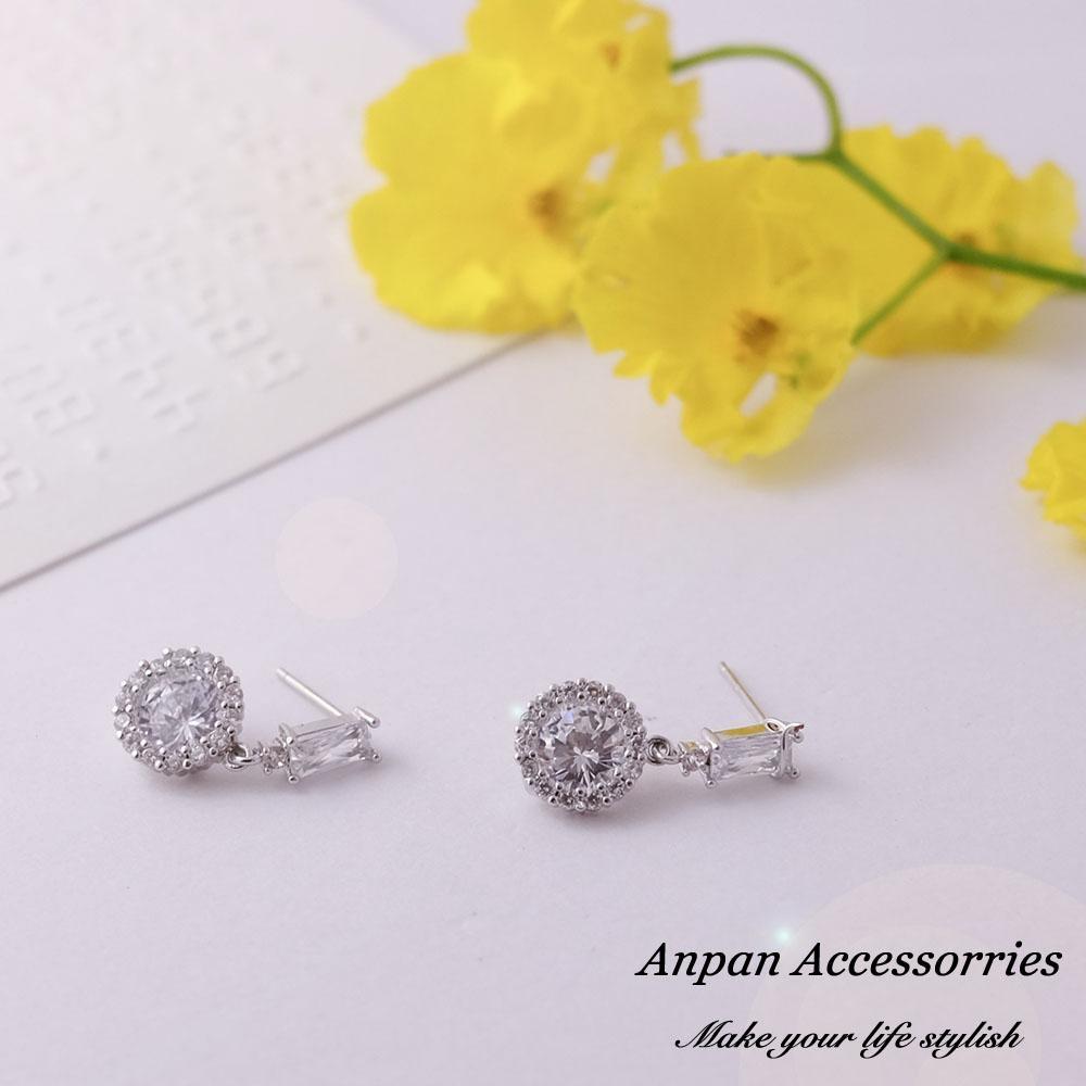 【ANPAN愛扮】韓東大門甜美一字鑽925銀針耳釘式耳環-銀