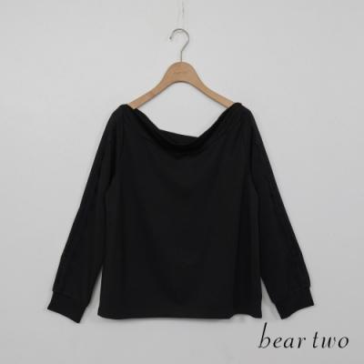 beartwo-素面一字領上衣-黑
