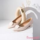 Grace gift-幾何圓片拼接低跟鞋 米白