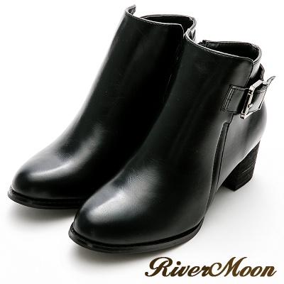 River&Moon大尺碼-質感側方釦中跟短靴-個性黑