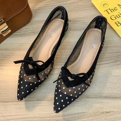 KEITH-WILL時尚鞋館 名媛英倫學院優雅點點平底鞋-黑