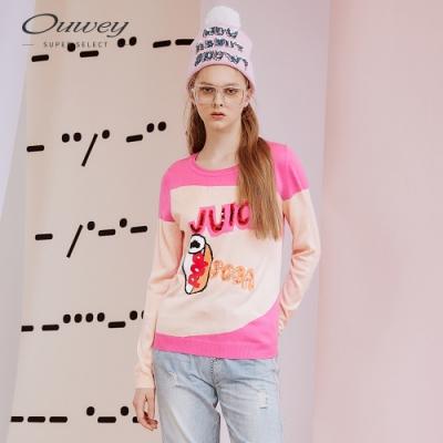 OUWEY歐薇 甜美風緹織標語亮片針織上衣(桃)