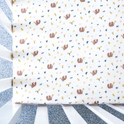 【台灣 Organic B 有機比比】嬰兒有機棉紗床包-松鼠覓果子