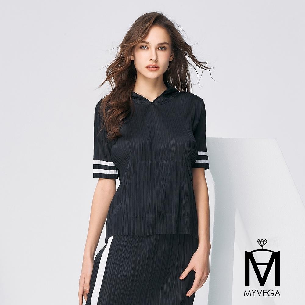 MYVEGA麥雪爾 MA三宅風壓摺素面套裝-上衣-黑色