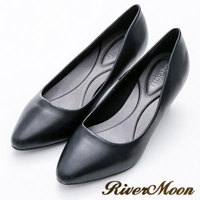 River&Moon百搭繽紛素面通勤記憶鞋墊尖頭跟鞋-黑