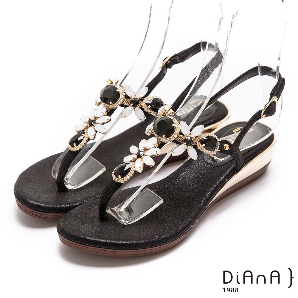 DIANA嚴選超纖面料寶石花鑽4公分經典繫帶圓頭楔型低跟涼鞋-黑
