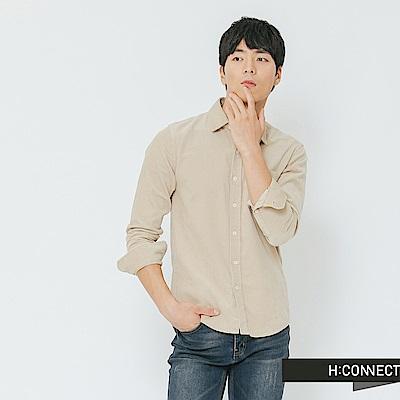 H:CONNECT 韓國品牌 男裝-質感純色燈芯絨襯衫-卡其