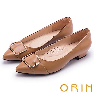 ORIN 輕熟魅力 羊皮皮帶釦環尖頭低跟鞋-棕色
