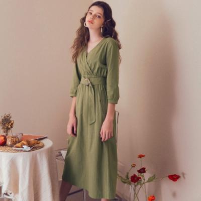 AIR SPACE LADY 優雅交叉領七分袖長洋裝(附腰帶)(綠)