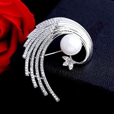 梨花HaNA 韓國手工鑲嵌孔雀羽毛漩渦華麗胸針