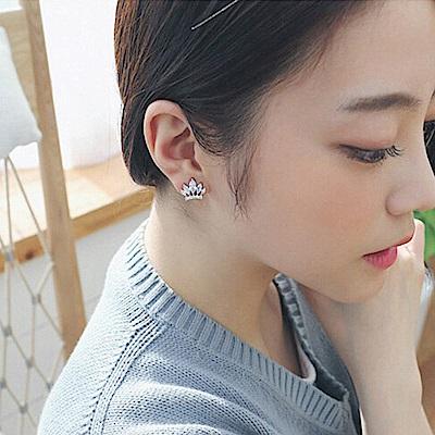 梨花HaNA 韓國925銀針璀璨精緻皇冠絕美迷你耳環