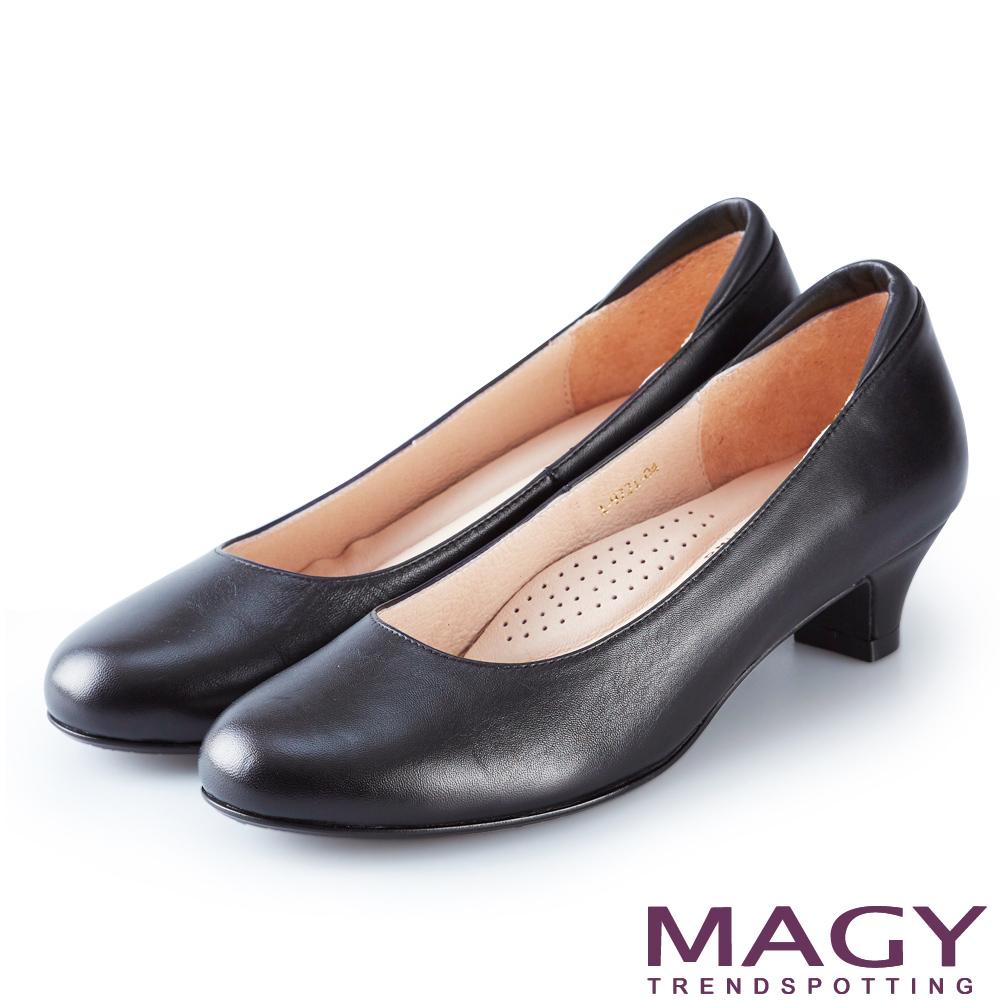 MAGY OL親膚防磨真皮 女 低跟鞋 黑色