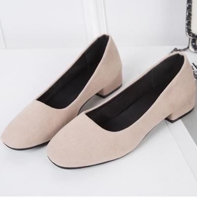 KEITH-WILL時尚鞋館 明星款時尚素面粗跟鞋-杏