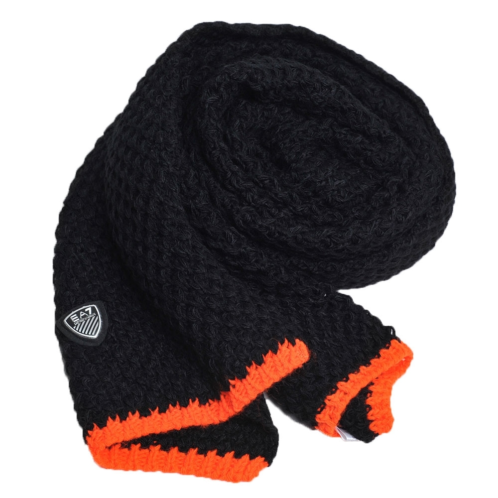 EMPORIO ARMANI EA7品牌LOGO盾牌圖騰義大利製造型圍巾(黑色系)