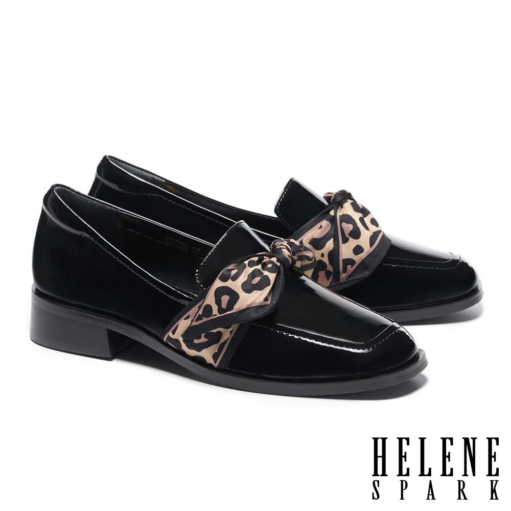 低跟鞋 HELENE SPARK 時髦豹紋絲巾全真皮方頭低跟鞋-黑