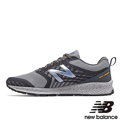New Balance 越野跑鞋 MTNTRLV1 男性 灰色