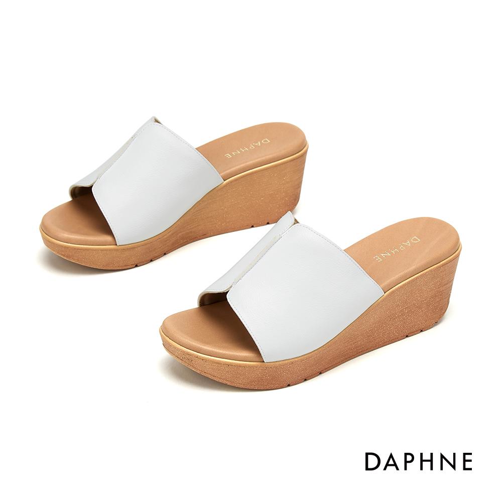 達芙妮DAPHNE 涼鞋-經典原色寬版楔形涼拖鞋-白色