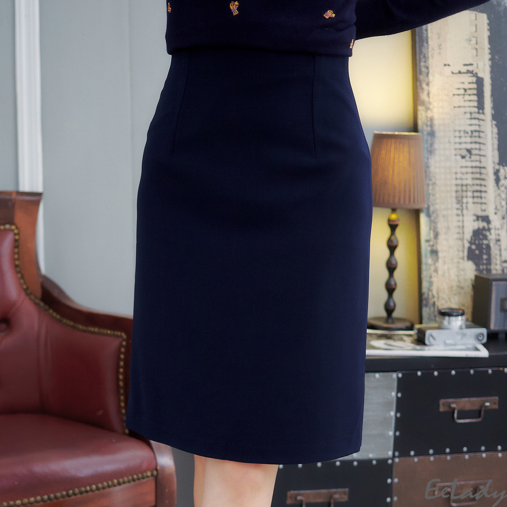 EELADY-台製簡約風格素面及膝裙