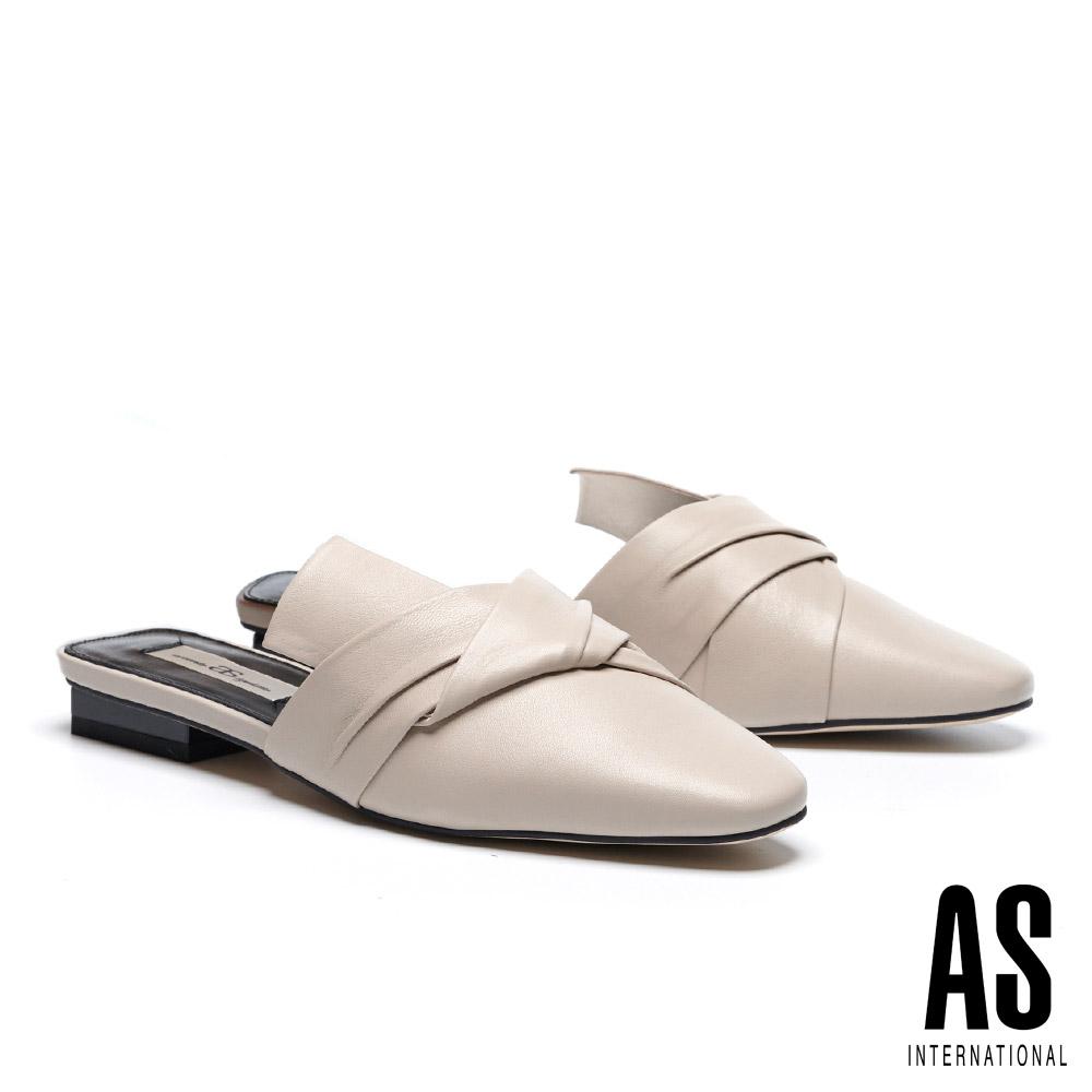 拖鞋 AS 抓皺紐結造型羊皮穆勒低跟拖鞋-米