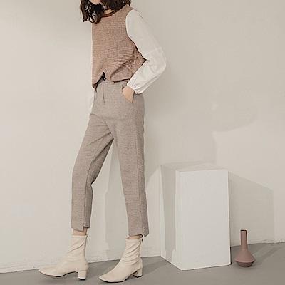 不對稱褲腳剪裁純色直筒毛呢長褲-OB大尺碼