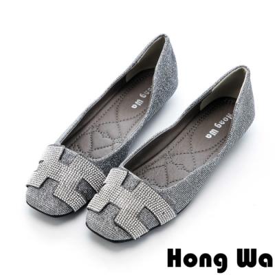 Hong Wa 時尚水鑽字母金蔥方頭娃娃鞋 - 銀