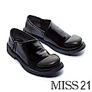 低跟鞋 MISS 21 中性極簡俏皮漆皮方頭低跟鞋 -黑