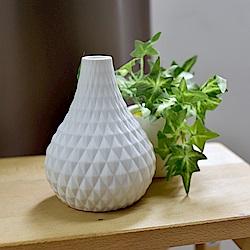 Meric Garden 北歐現代簡約創意陶瓷花瓶_(清雅白S)