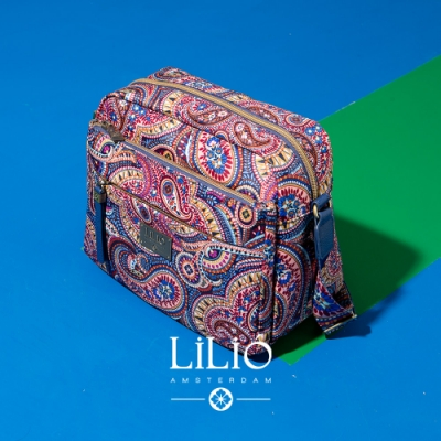 【LILIO】瑠璃藍__拉鏈式夾層斜背包_都市時尚_PAISLEY  PARK