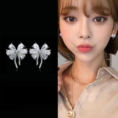 梨花HaNA 韓國925銀水晶蝴蝶比翼迷你耳環