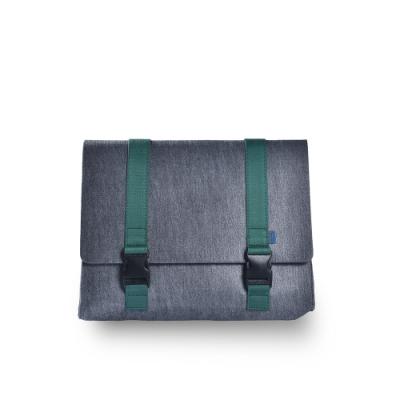 M.R.K.T. 重磅毛氈布簡約郵差包-605920C GREY(灰色)