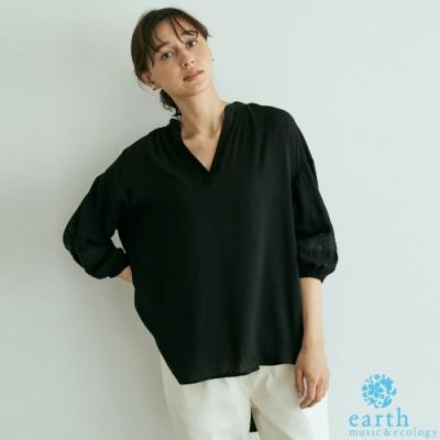 earth music 蕾絲袖拼接落肩長版V領上衣