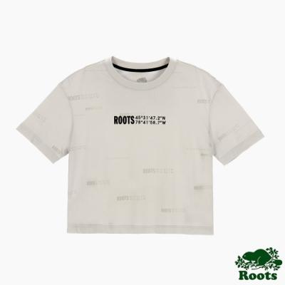 Roots女裝-旅程印記系列 滿版經緯度印花寬短版短袖T恤-灰色