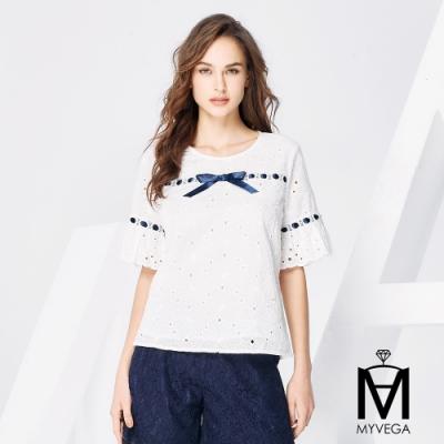 MYVEGA麥雪爾 MA高含棉大花朵緞帶造型上衣-白