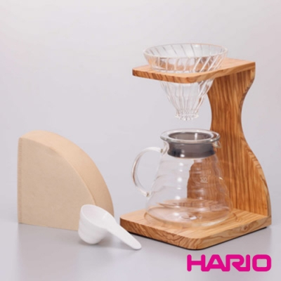 HARIO V60玻璃濾杯木架咖啡壺組 / VSS-1206-OV