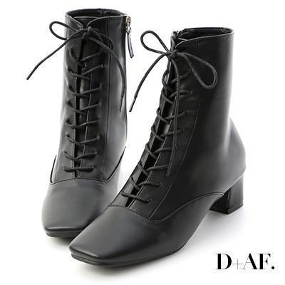 D+AF 注目焦點.復古方頭綁帶中跟短靴*黑