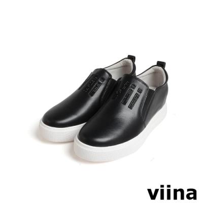 viina 鑲鑽字母內增高休閒鞋-黑