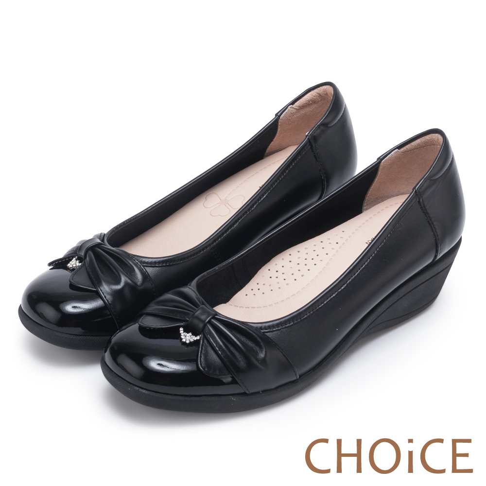 CHOiCE 舒適甜美 蝴蝶結鑽飾牛皮坡跟鞋-黑色