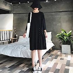 La Belleza圓領側邊圓釦穿繩交叉綁帶打摺棉質洋裝