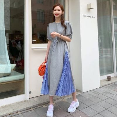 La Belleza圓領側拼接藍白色條紋腰抽繩大擺裙棉質連身洋裝