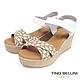 Tino Bellini 西班牙進口3色編織交叉楔型涼鞋-米白 product thumbnail 1