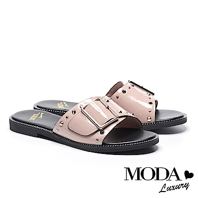 拖鞋 MODA Luxury 個性鉚釘方釦牛皺漆皮繫帶厚底拖鞋-粉