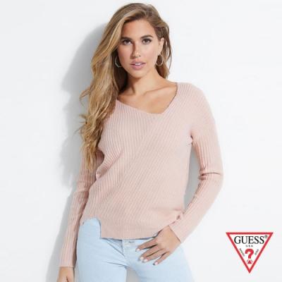 GUESS-女裝-斜壓線針織長袖上衣-粉紅