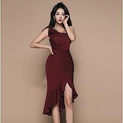 IMStyle 時尚不規則荷葉邊洋裝(酒紅色)