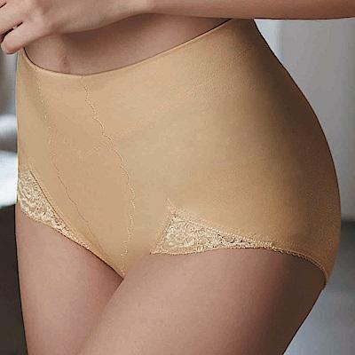 華歌爾- 輕塑型 64-82  三角款舒適褲(膚)微翹臀曲線-無痕
