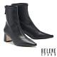 短靴 HELENE SPARK 極簡時尚彈力羊紋皮革尖頭粗高跟短靴-黑 product thumbnail 1